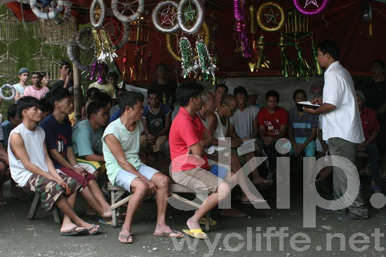 Jail;Bible study for imates;Philippines;Kinaray-a;Bible;prisioners
