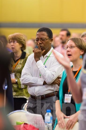ICON;Look!2012;Man;SIL International Conference;Wycliffe Global Gathering;hombre;homem;homme;pray;男人;男性