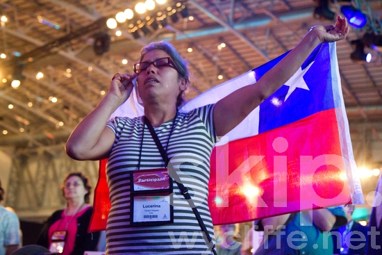 Cape Town;Chile;Chilean Flag;Conference;Flag;Lausanne;Lausanne Congress;People;Prayer;Tears;Woman;Worship