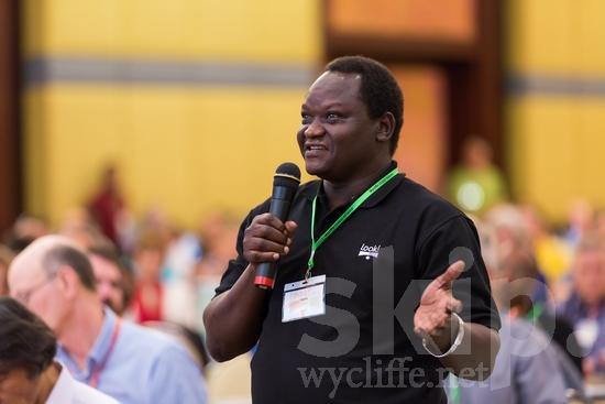African;ICON;Look!2012;Man;SIL International Conference;Sudanese;Wycliffe Global Gathering;africain;africaine;africana;africano;hombre;homem;homme;microphone;talking;アフリカ人;男人;男性;非洲人