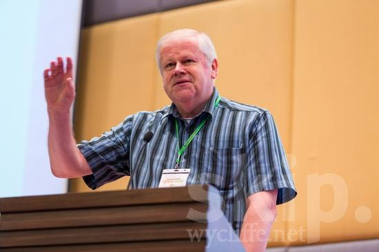 ICON;Look!2012;Man;New Zealander;SIL International Conference;Wycliffe Global Gathering;hombre;homem;homme;talking;男人;男性