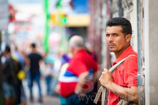 Central America;Costa Rica;San Jose;backpack;man;street photography