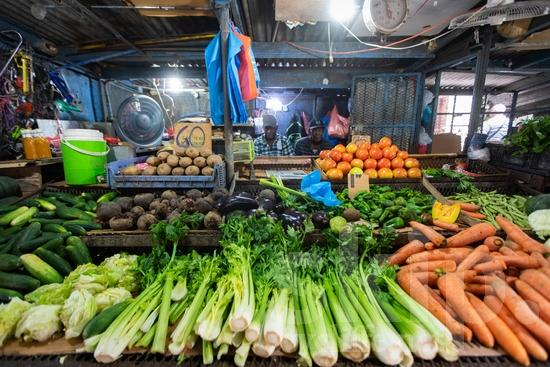 Central America;Panama City;food;fruits;market;men;sell;street photography;vegetables